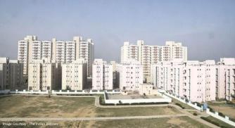Almost 200 Buyers of Luxury Real Estate in Vadodara, Gujarat, India Left Stranded