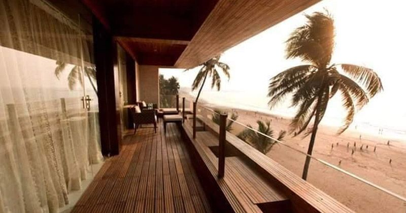 Sea Facing Exotic Bungalow for Sale at Madh Island Mumbai